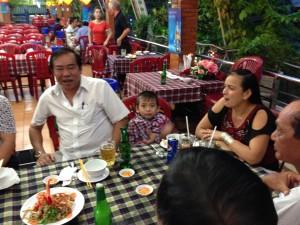 Tiec DH Cuong Khoi Benh 4